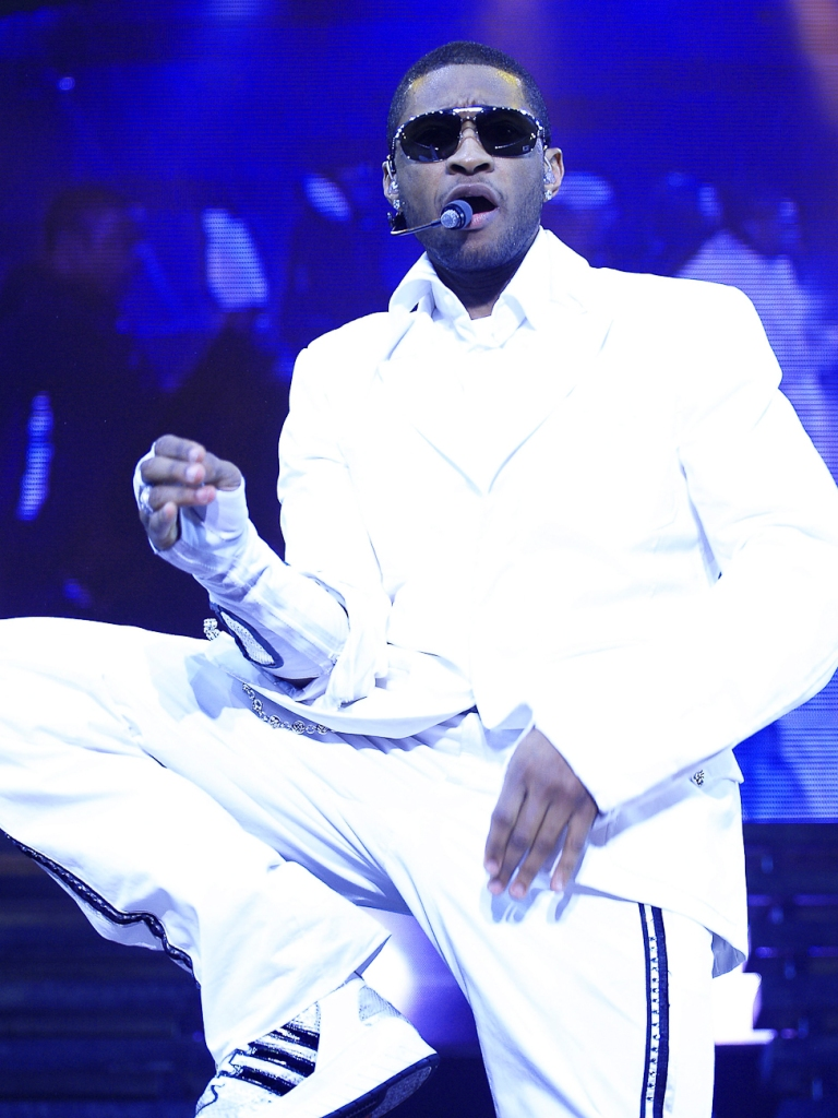 Usher Plays Wembley Arena